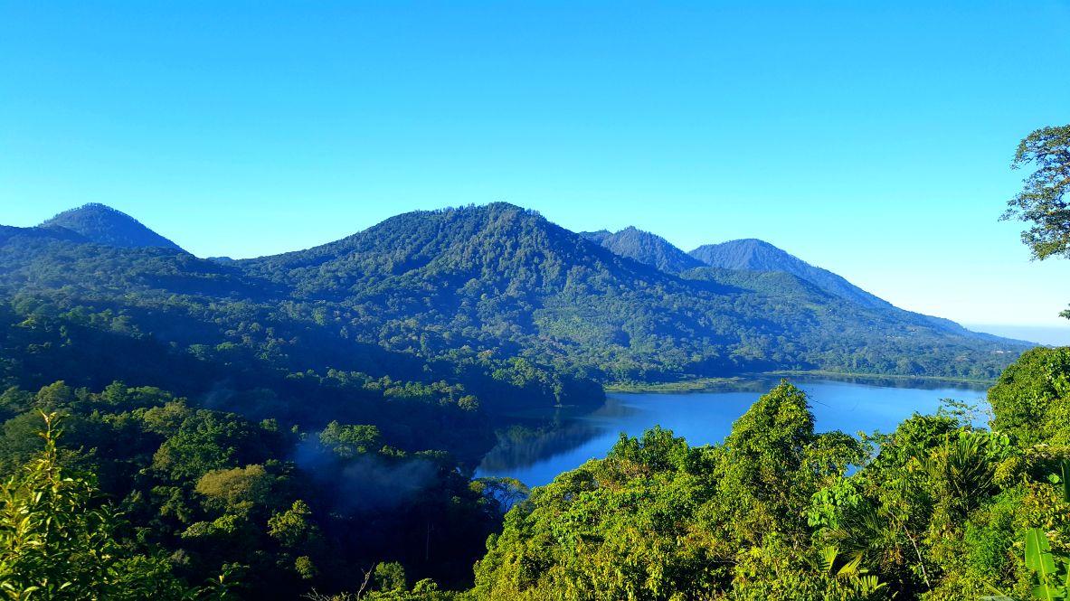 Desa-Munduk-Bali-1.jpeg